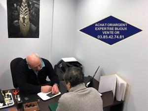Pierre Delaye, expert bijouterie horlogerie orfèvrerie comptoir universel de l or Chalon